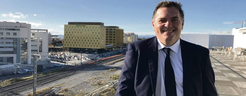 Philippe Tabarot, dans les locaux niçois de la Région qui surplombent la future gare multimodale de Nice, qui sera livrée fin 2021 - début 2022. Un dossier qu'il chapeaute au titre de sa délégation régionale aux Transports.