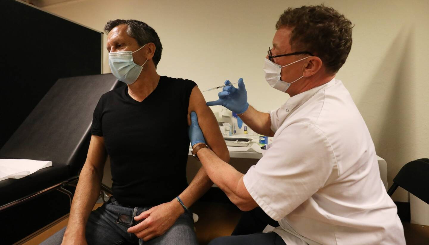 Le vaccinodrome de Cannes installé au Palais des Festivals a vacciné 2525 personnes depuis le 9 janvier. Fermé deux jours, il rouvre ce mercredi.