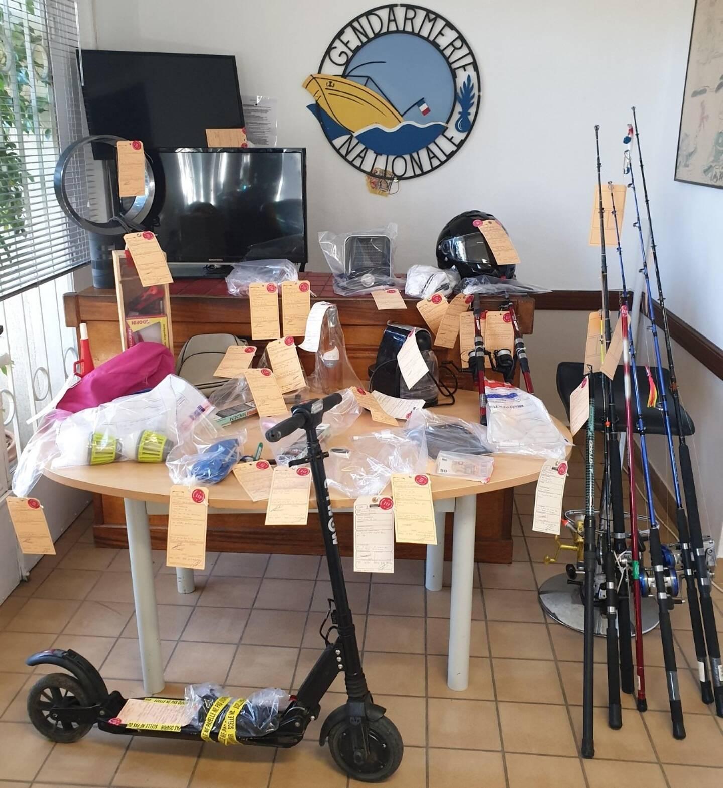 Des objets volés retrouvés en perquisition.