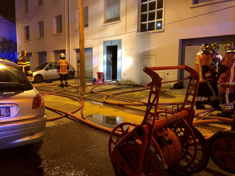 Le feu a éclaté au premier étage en début de soirée de ce jeudi.