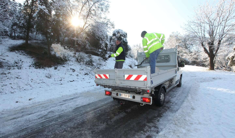Plusieurs routes du département sont verglacées ce mercredi au lever du jour.