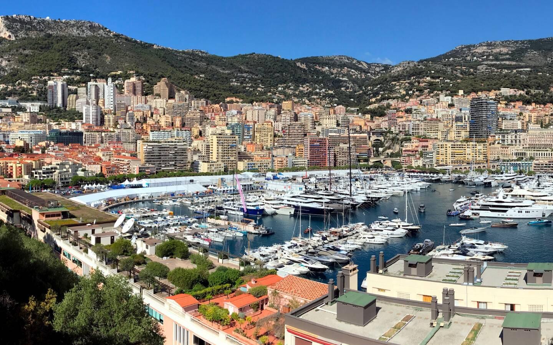 Une vue du port Hercule à Monaco.
