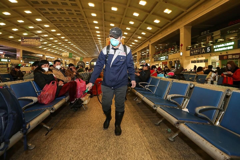 Opérations de désinfection en janvier 2020 à Wuhan, en Chine