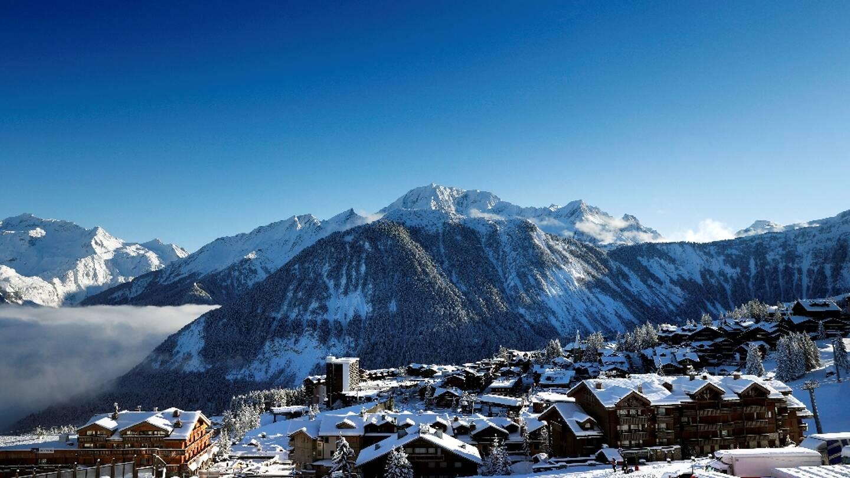 Vue de la station de Courchevel, dans les Alpes françaises, le 13 décembre 2020