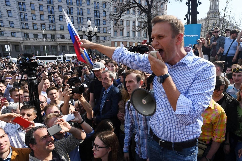 Alexeï Navalny lors d'une manifestation contre Vladimir Poutine non autorisée, à Moscou le 5 mai 2018