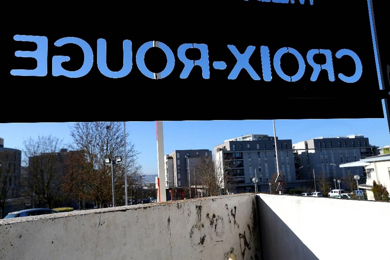 Le quartier prioritaire de Croix-Rouge, à Reims, où un photojournaliste du journal L'Union s'est fait agresser le 27 février, photographié le 1er mars 2021
