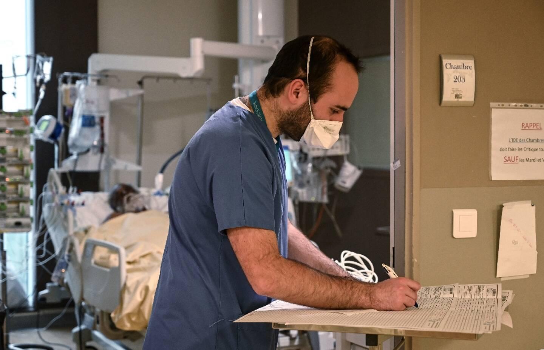Unité de réanimation dédiée aux malades du Covid à l'hôpital Avicenne à Bobigny, le 8 février 2021