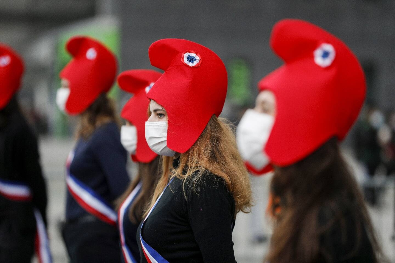 Des manifestants opposés au projet de loi bioéthique à La Défense dans les Hauts-de-Seine, le 30 janvier 2021