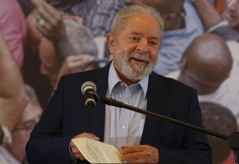 L'ex-président brésilien Luiz Inacio Lula da Silva lors d'une conférence de presse à Sao Bernardo do Campo, près de Sao Paulo, le 10 mars 2021