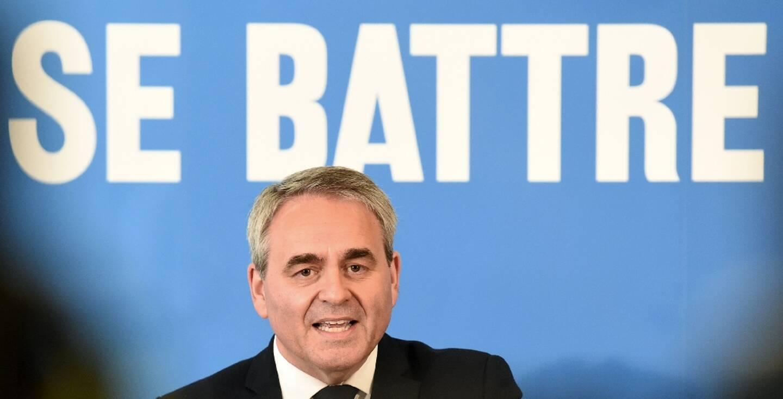 Xavier Bertrand (ex-LR), candidat à sa réélection en tant que président des Hauts-de-France, à son premier meeting de campagne le 3 mai 2021 à Maubeuge