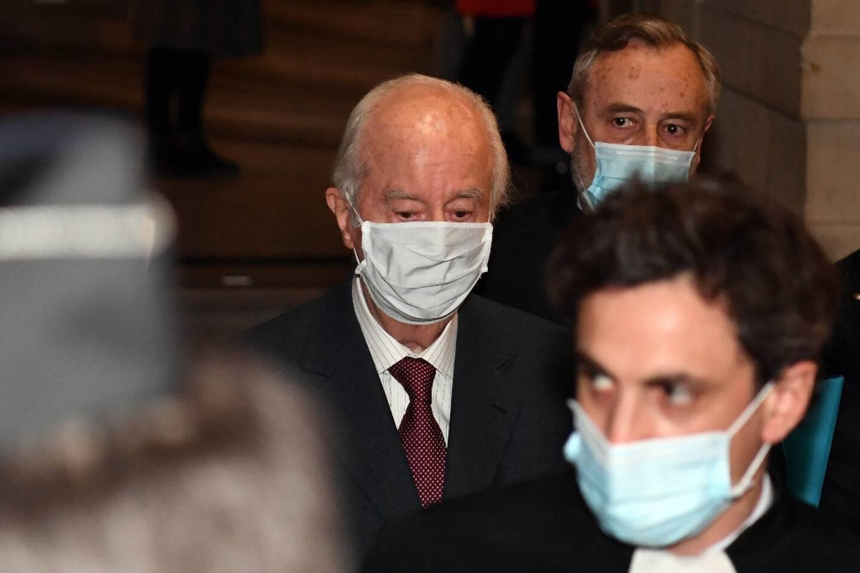 L'ancien Premier ministre Edouard Balladur, arrive devant la Cour de justice de la République, à Paris le 19 janvier 2021