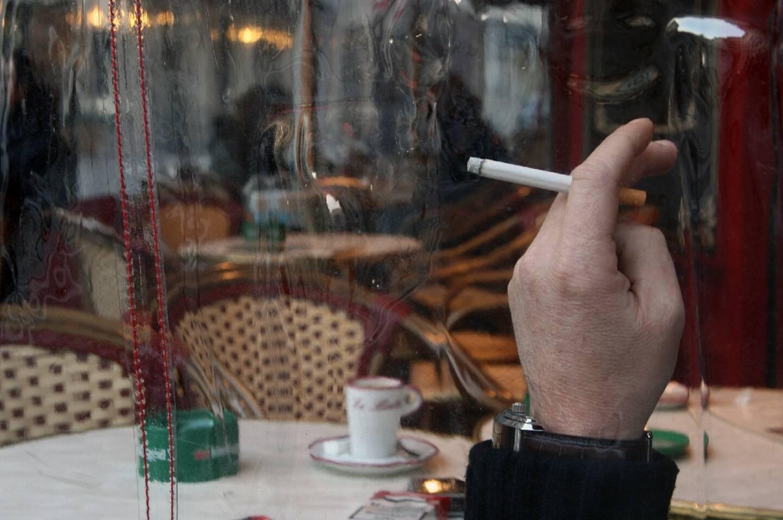 Le nombre de fumeurs a arrêté de baisser en France en 2020