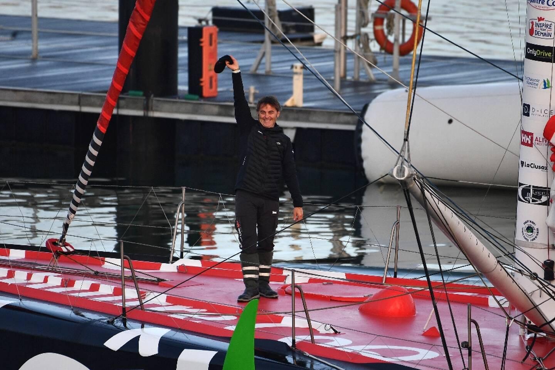 Yannick Bestaven avant de prendre le départ du Vendée Globe, le 8 novembre 2020 aux Sables d'Olonne.