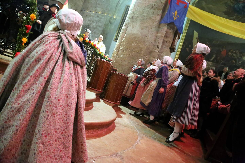 Cette année, les costumes resteront rangés dans le local de l'association.