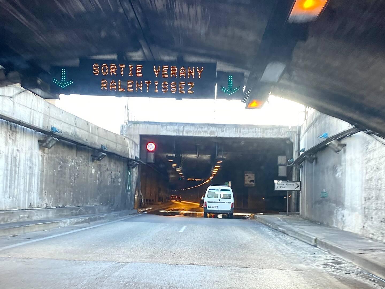 L'accident s'est produit au niveau de la sortie Verany dans le tunnel Liautaud. Un endroit extrêmement dangereux, en raison d'infiltrations d'eau.