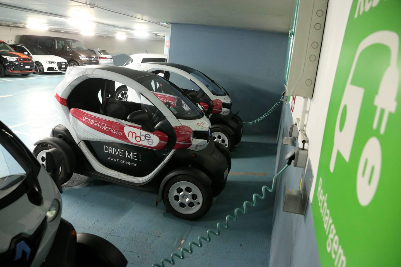 Disponible dans la plupart des parkings publics, le service Mobee compte bien devenir incontournable très bientôt.