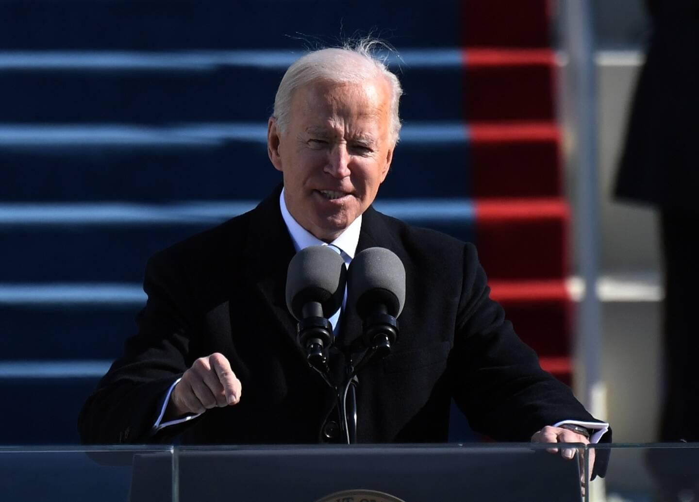 Joe Biden lors de son discours d'investiture du 20 janvier 2021 à Washington, où il dit faire de la lutte contre la pandémie une priorité de son mandat