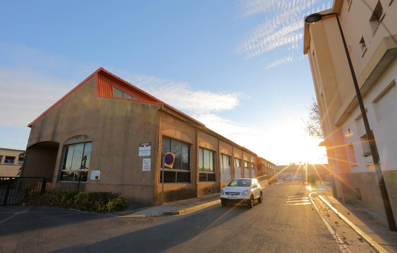 Le futur campus sera construit à l'emplacement des services techniques municipaux de la Ville de Fréjus.