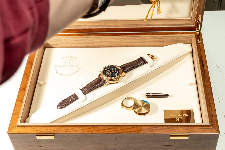 Pièce unique : la montre Tour de l'Ile n° 1 de Vacheron Constantin est l'une des montres-bracelets les plus compliquées au monde !