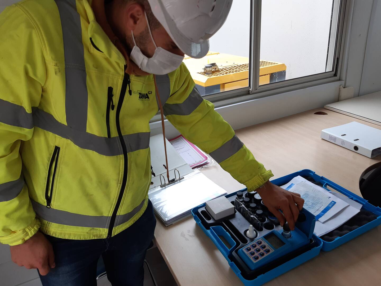Un contrôle de la turbidité de l'eau est assuré tous les jours. En cas de matériaux en suspension, un filet peut être installé le temps que cela décante.