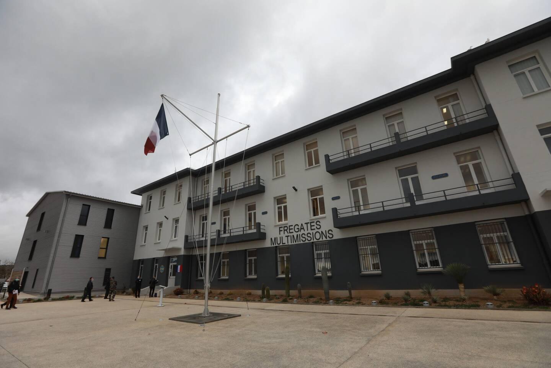 Agrandi et rénové, le nouveau bâtiment de 4 000 m2 destiné à former les équipages des Fremm remplace l'ancien siège du commandement de la flottille de Méditerranée.