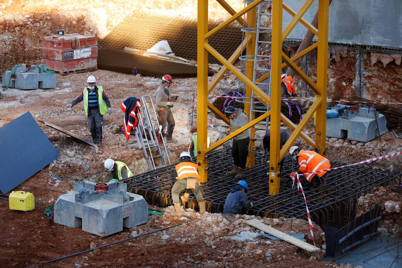 """""""75% des matériaux de terrassement sont retraités ou réutilisés dans des chantiers du département. On n'a pour objectif d'en mettre le moins possible en décharge"""""""