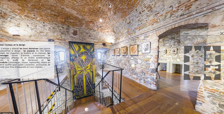 """Une visite virtuelle du Bastion est proposée via le site Internet du musée. Le public peut déambuler entre les œuvres de l'expo """"Design"""" de 2020."""