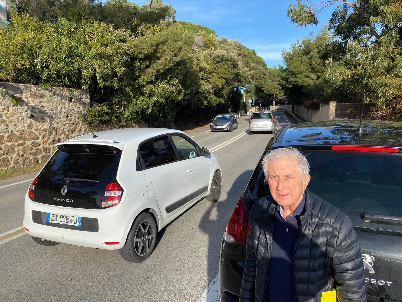 Pierre-Domique Clément, président de l'association Site de Sainte-Maxime, à l'endroit même où a eu lieu l'accident grave du 18 janvier dernier.