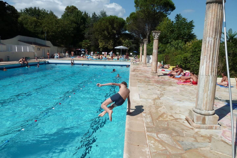 La majorité préfère réhabiliter le site historique de la piscine plutôt que d'en construire une à la Vignasse.
