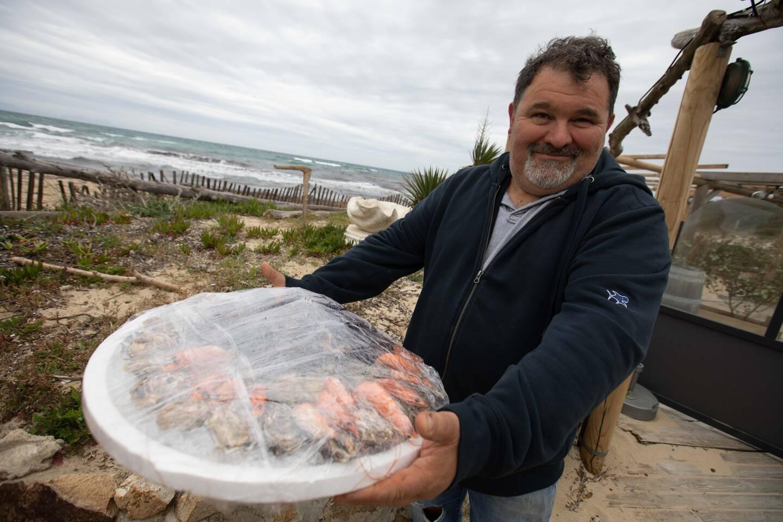 Cyrille Amiel, patron du Migon, propose snacking ou encore plateau de fruits de mer.