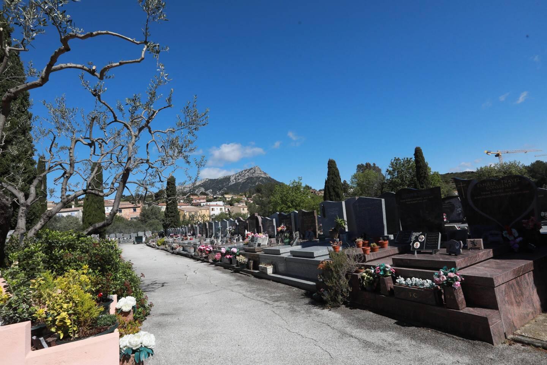 A l'étroit, le cimetière communal va gagner 20 000 m2