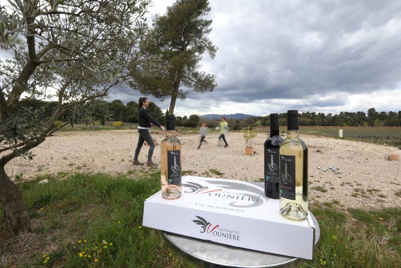 Pour les deux vignerons, qui ont repris l'activité cette année, l'œnotourisme est un moyen de « partager ».