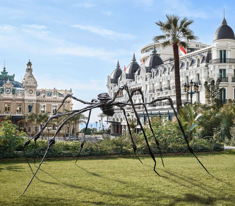 La galerie sera l'ecrin pour sa première exposition du travail de Louise Bourgeois, dont l'une de ses emblématiques araignées sera installée dans les jardins des Boulingrins.