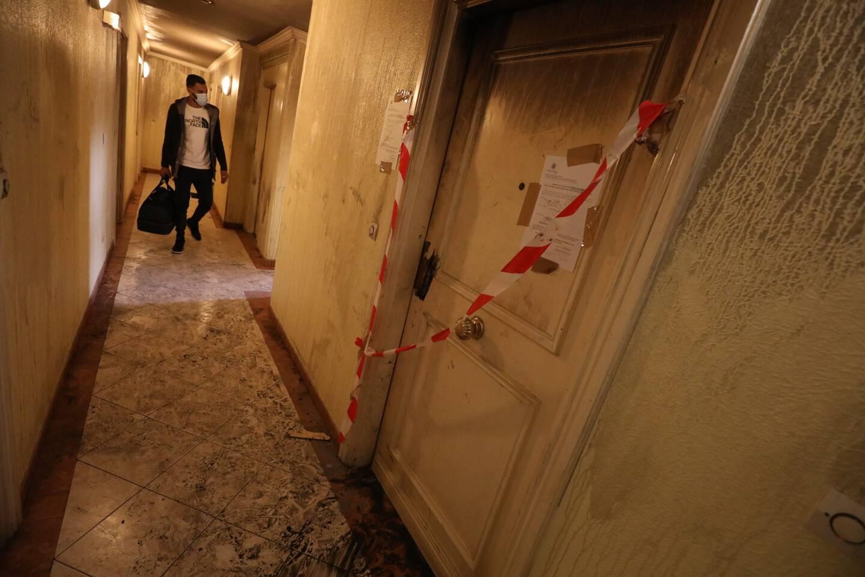 Un appartement du 36, rue Smolett, a pris feu, dimanche matin. La victime s'est retranchée sur son balcon.