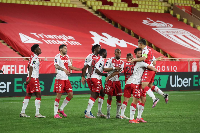 Lyon a repris samedi la troisième place du championnat. Les Monégasques n'ont pas le droit à l'erreur contre Reims.