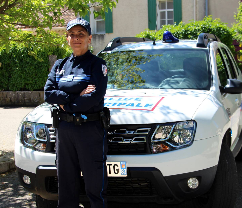 Jacqueline Tolos Dahi a plus de vingt ans d'expérience dans le métier de policière.