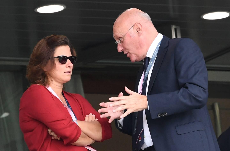 La ministre des Sports Roxana Maracineanu (g) et le président de la Fédération française de rugby Bernard Laporte, le 21 septembre 2019 à Tokyo
