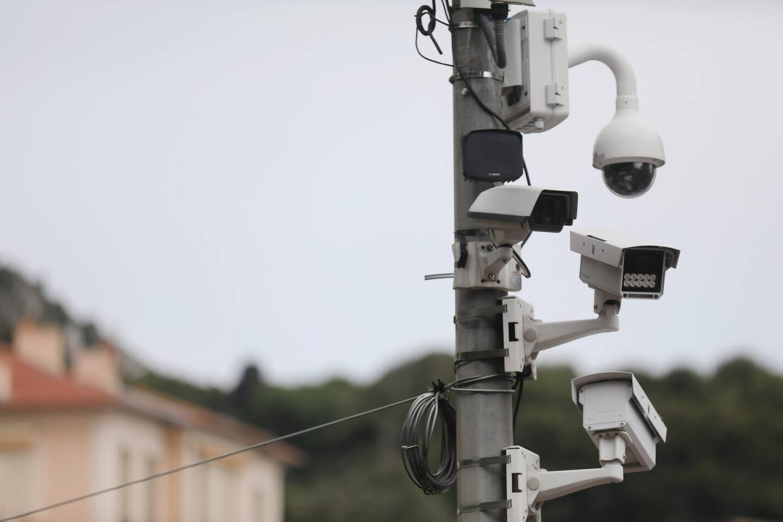 Cap-d'Ail passe de 76 à 83 caméras de vidéo-surveillance pour traquer les délinquants de la route.
