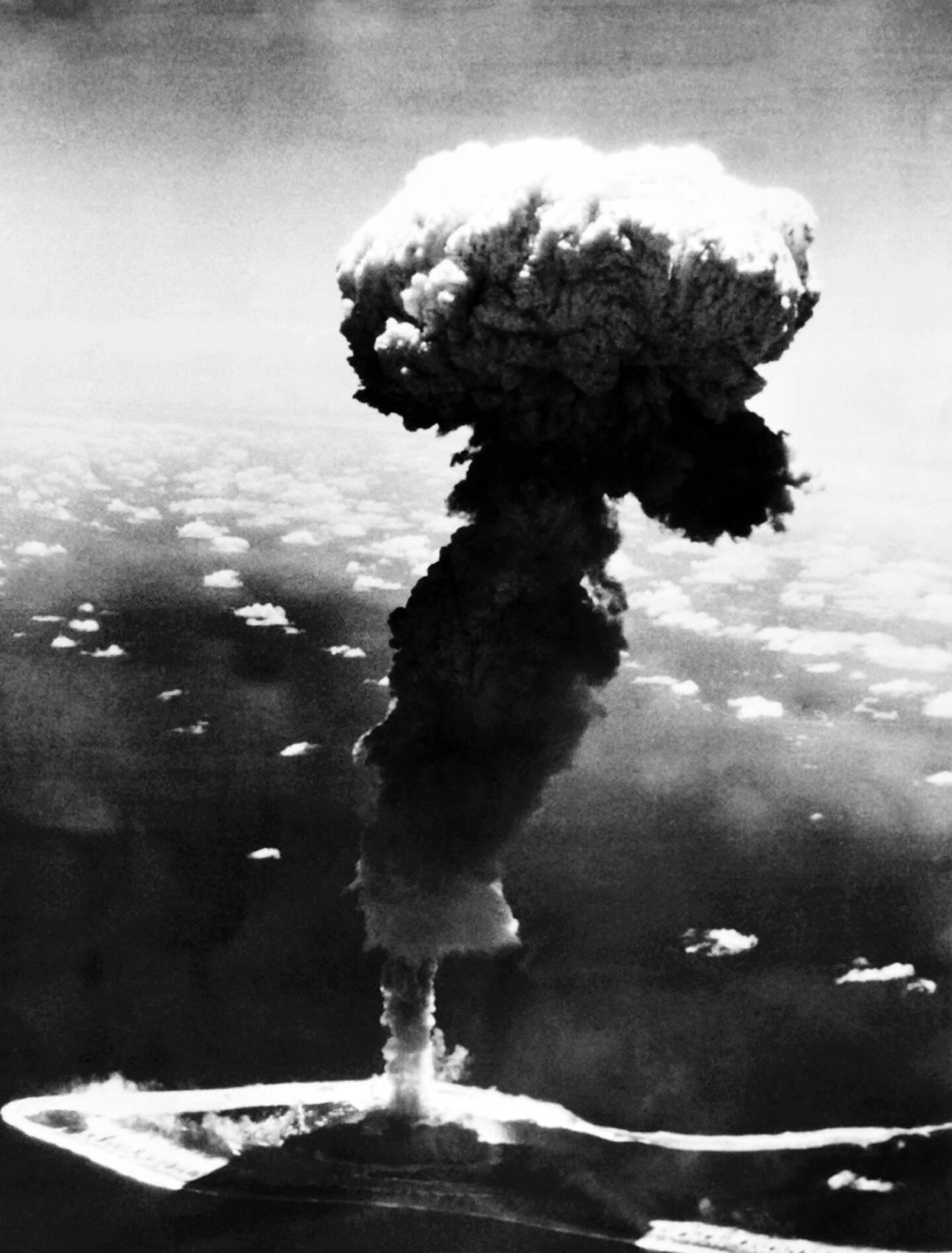 Essai nucléaire en octobre1966 à Mururoa