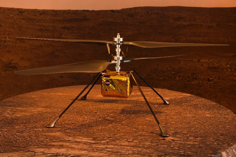 Une maquette en taille réelle de l'hélicoptère de la Nasa Ingenuity, qui tentera de réaliser le premier vol motorisé sur une autre planète