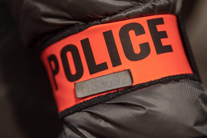 Cinq jeunes placés en garde à vue à la suite d'une série de violences urbaines survenues samedi soir dans le quartier de la Madeleine à Evreux