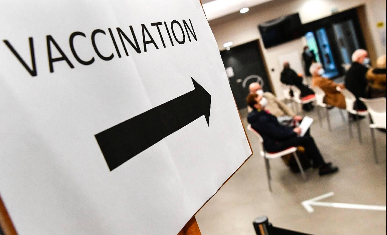 Salle d'attente pour la vaccination anti-Covid à Quimper (Finistère), le 20 janvier 2021