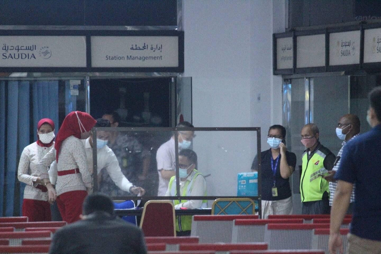 Cellule de crise à l'aéroport Soekarno-Hatta, à Tangerang près de Jakarta, le 9 janvier 2021, après la disparition d'un Boeing qui s'est abîmé en mer