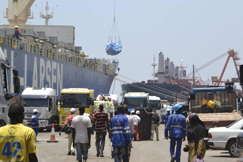 Sur le port autonome de Conakry, le 13 avril 2016