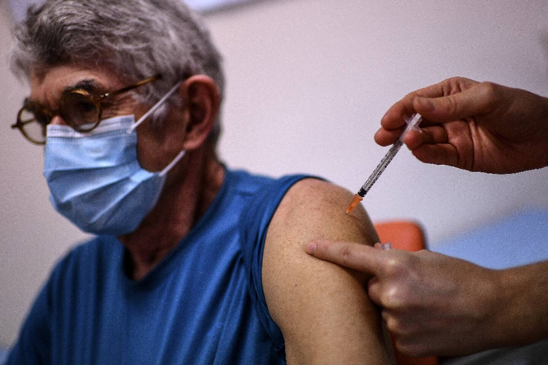Vaccination à l'Institut Pasteur à Paris, le 21 janvier 2021