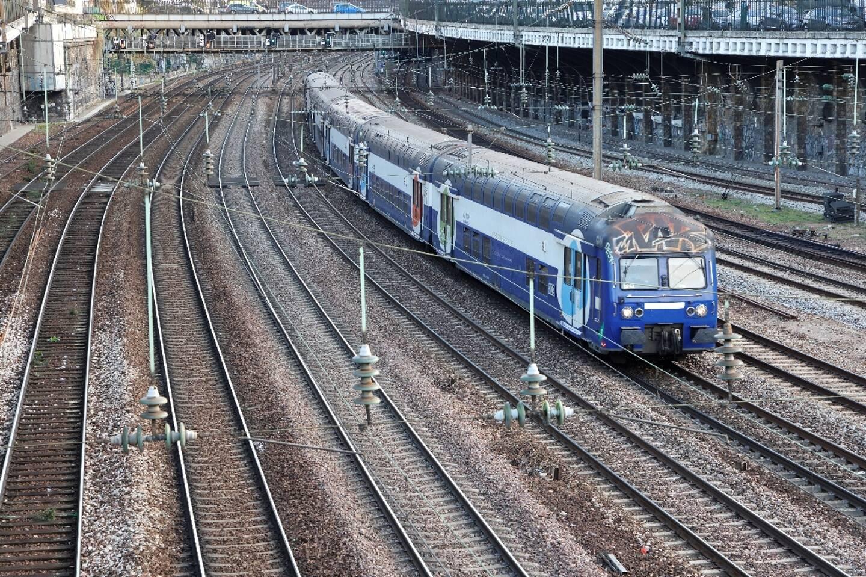 Pour les Intercités, la SNCF annonce notamment 5 allers-retours par jour sur 8 en semaine pour Paris-Clermont, 6 sur 9 pour Paris-Limoges-Toulouse ou encore 7 sur 8 pour Bordeaux-Toulouse-Marseille