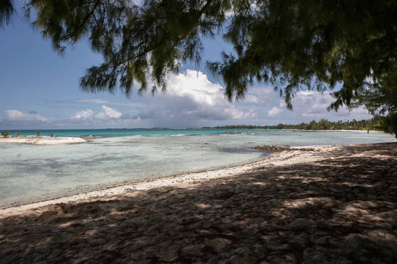 Lagon dans l'archipel des Tuamotu, en 2010
