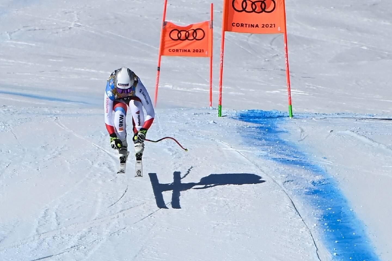 La Suissesse Corinne Suter, lors de la descente aux Championnnats du monde, le 13 février 2021 à Cortina d'Ampezzo (Italie)