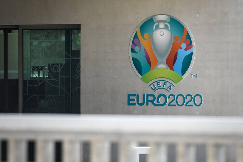 Huit villes hôtes de l'Euro (11 juin-11 juillet) vont accueillir des spectateurs, ce qui laisse en suspens le sort de Munich, Rome, Bilbao et Dublin