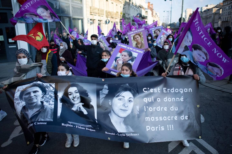 Manifestation à Rennes pour rendre hommage à trois militantes kurdes assassinées en 2013 en plein Paris et réclamer justice dans cette affaire jamais jugée, le 9 janvier 2021